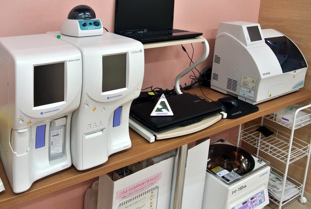 採血検査機器画像